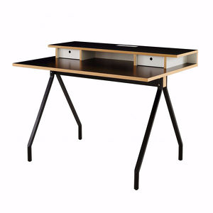 schreibtisch mateodesk design marc berthier ligne roset. Black Bedroom Furniture Sets. Home Design Ideas